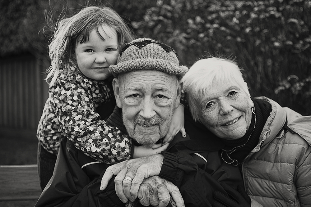 Photos With Great Grandparents~ Qualicum Beach Family Photography