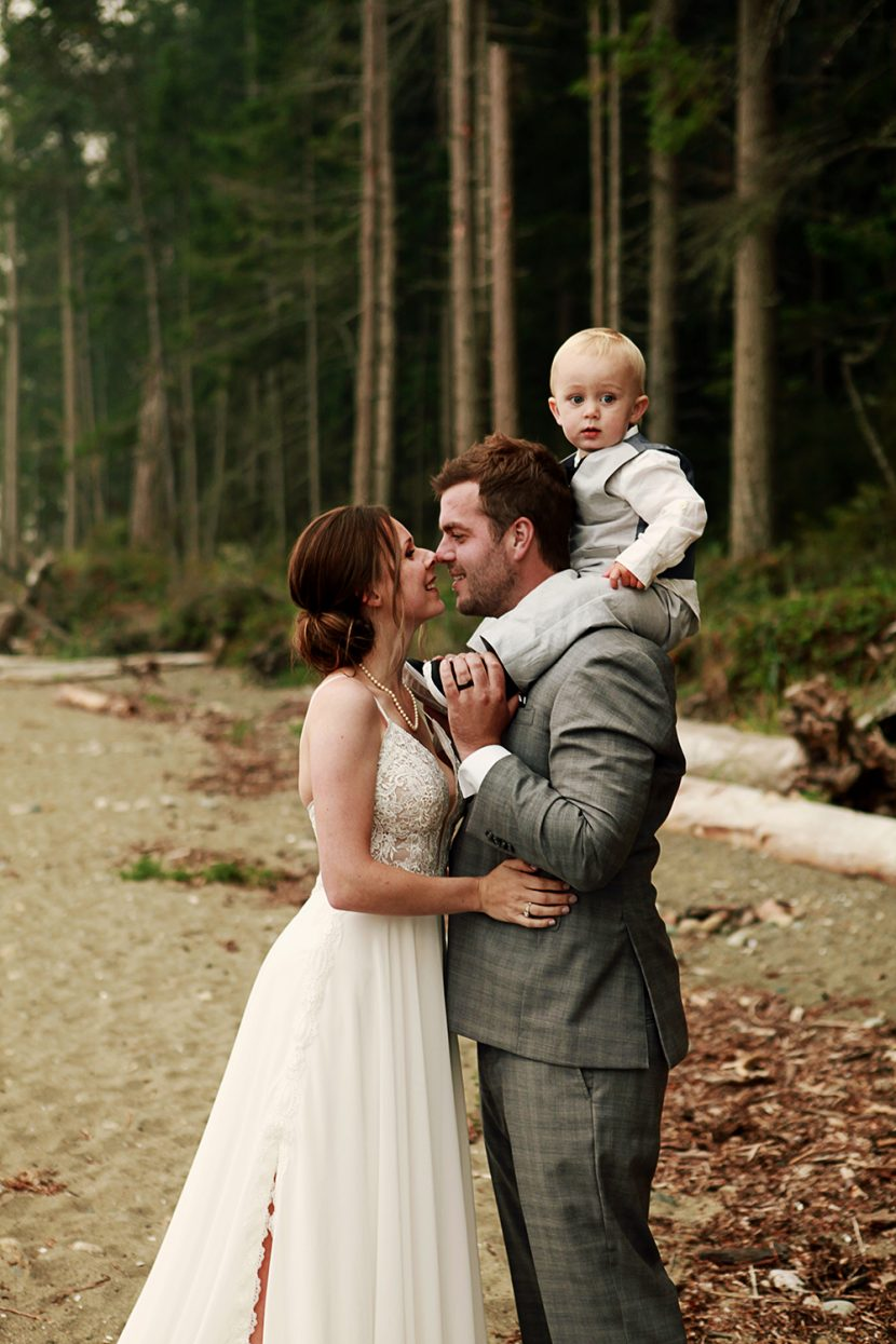 Parksville Elopement Photographer