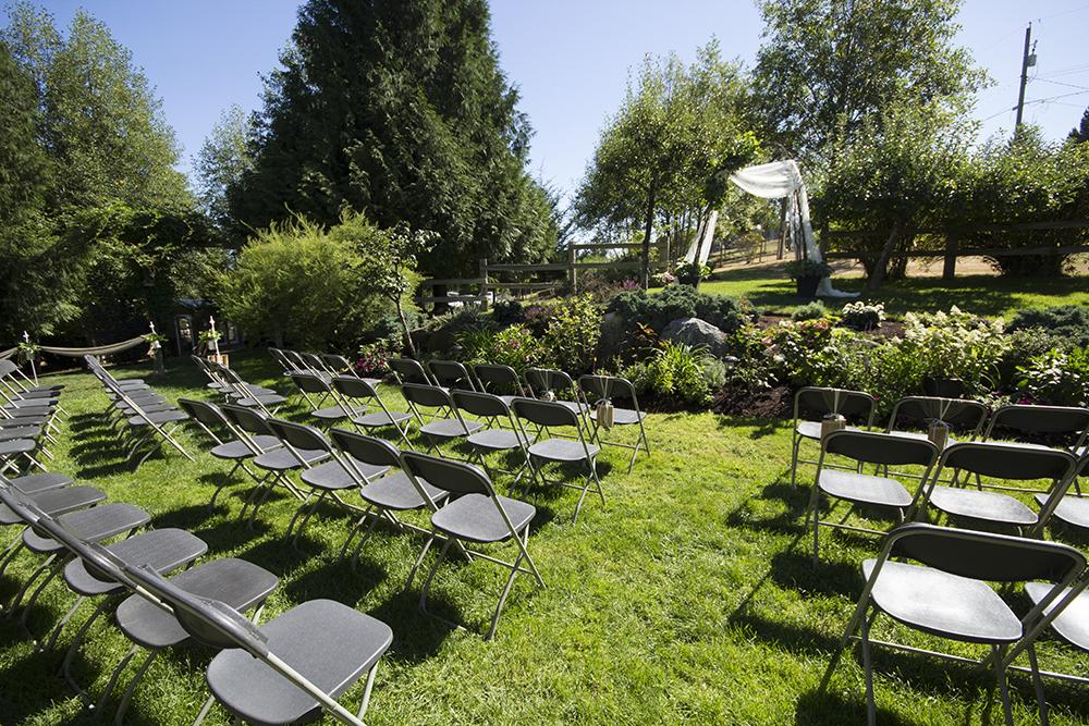 Vancouver IsParksville Wedding Photographer | Nanaimo Wedding Photographerland Adventure Wedding Photographer