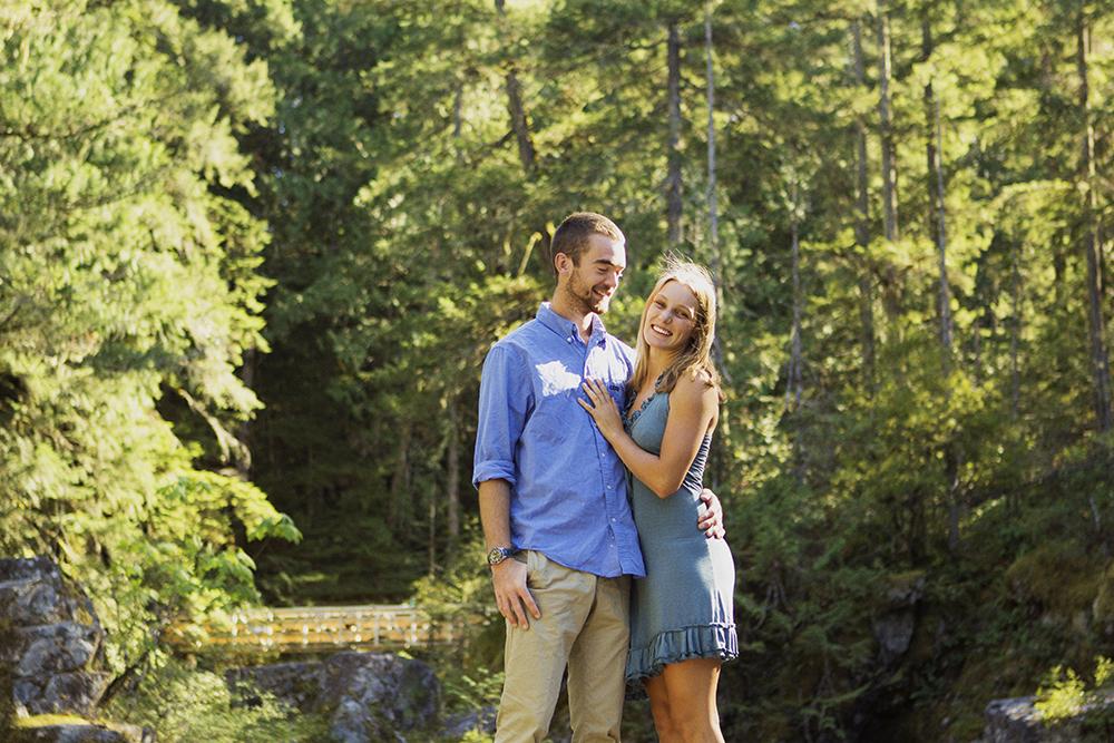 Vancouver Island Adventurous Camping Wedding PhotographerVancouver Island Adventurous Camping Wedding Photographer