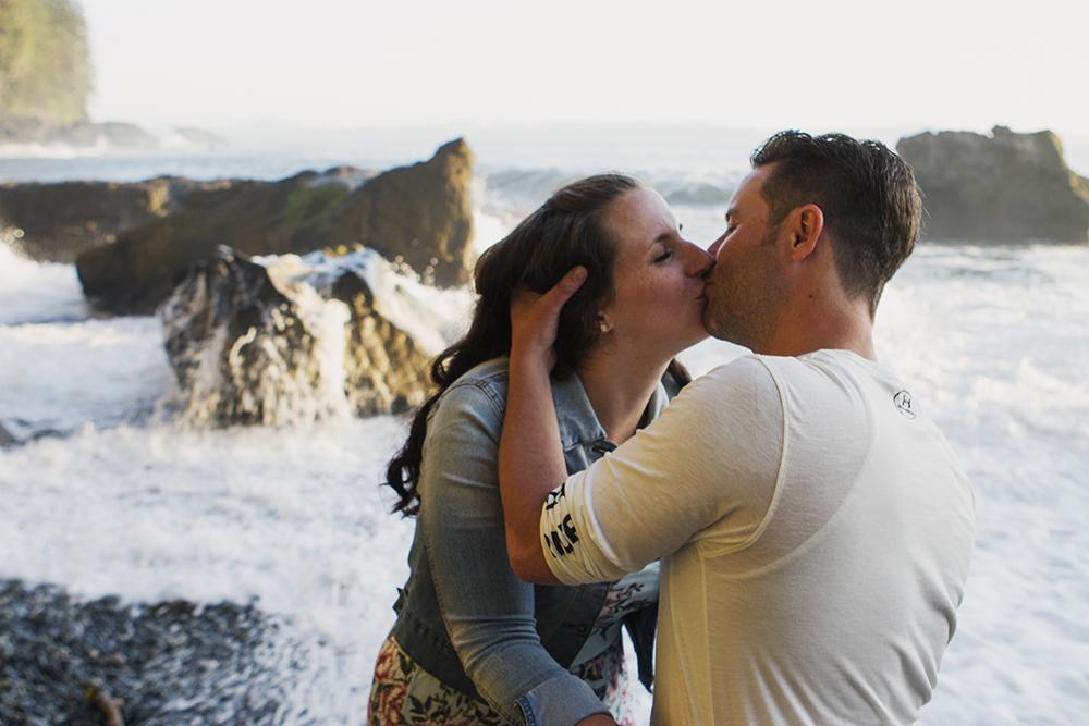 Vancouver Island Adventure Wedding PhotographerVancouver Island Adventure Wedding Photographer
