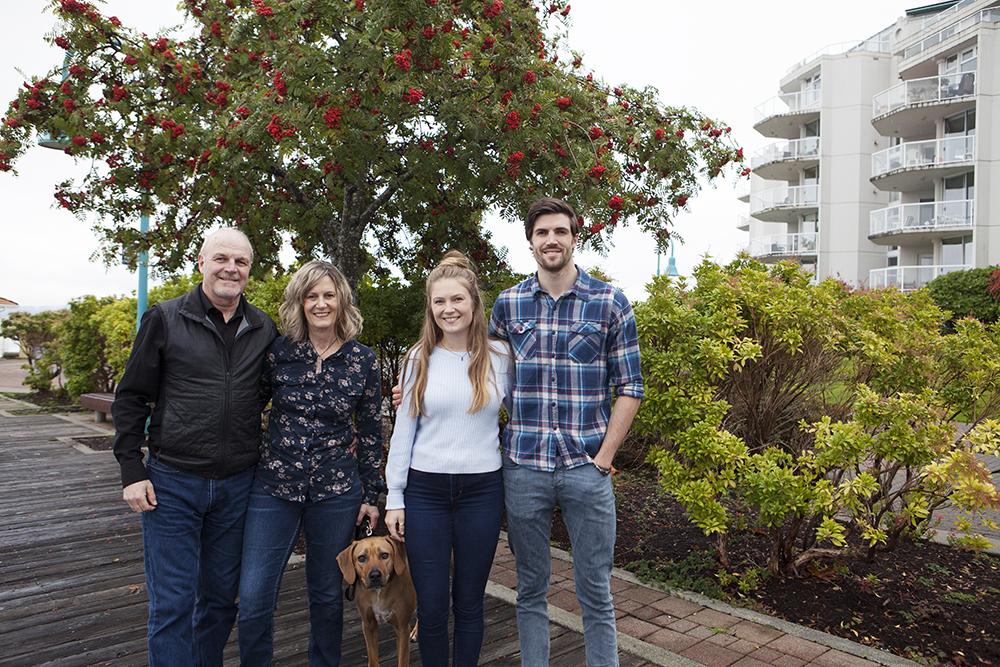 Parksville Nanaimo Qualicum Beach Candid Family Photographer