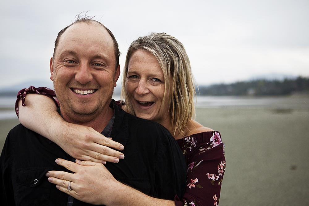 Parksville Wedding Photographer | Rathtrevor Beach Engagement PhotosParksville Wedding Photographer | Rathtrevor Beach Engagement Photos