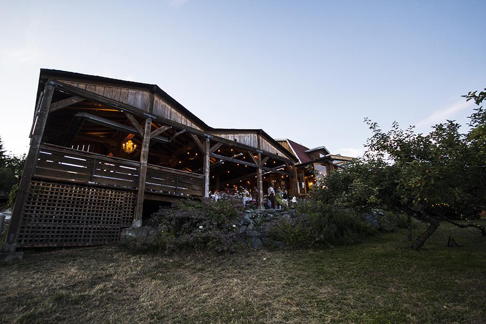 Merridale Cidery and Distillery Wedding Photos | Vancouver Island Wedding Venue