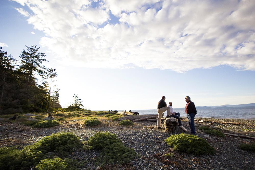 Rathtrevor Beach Family Photos - Parksville Family Photographer
